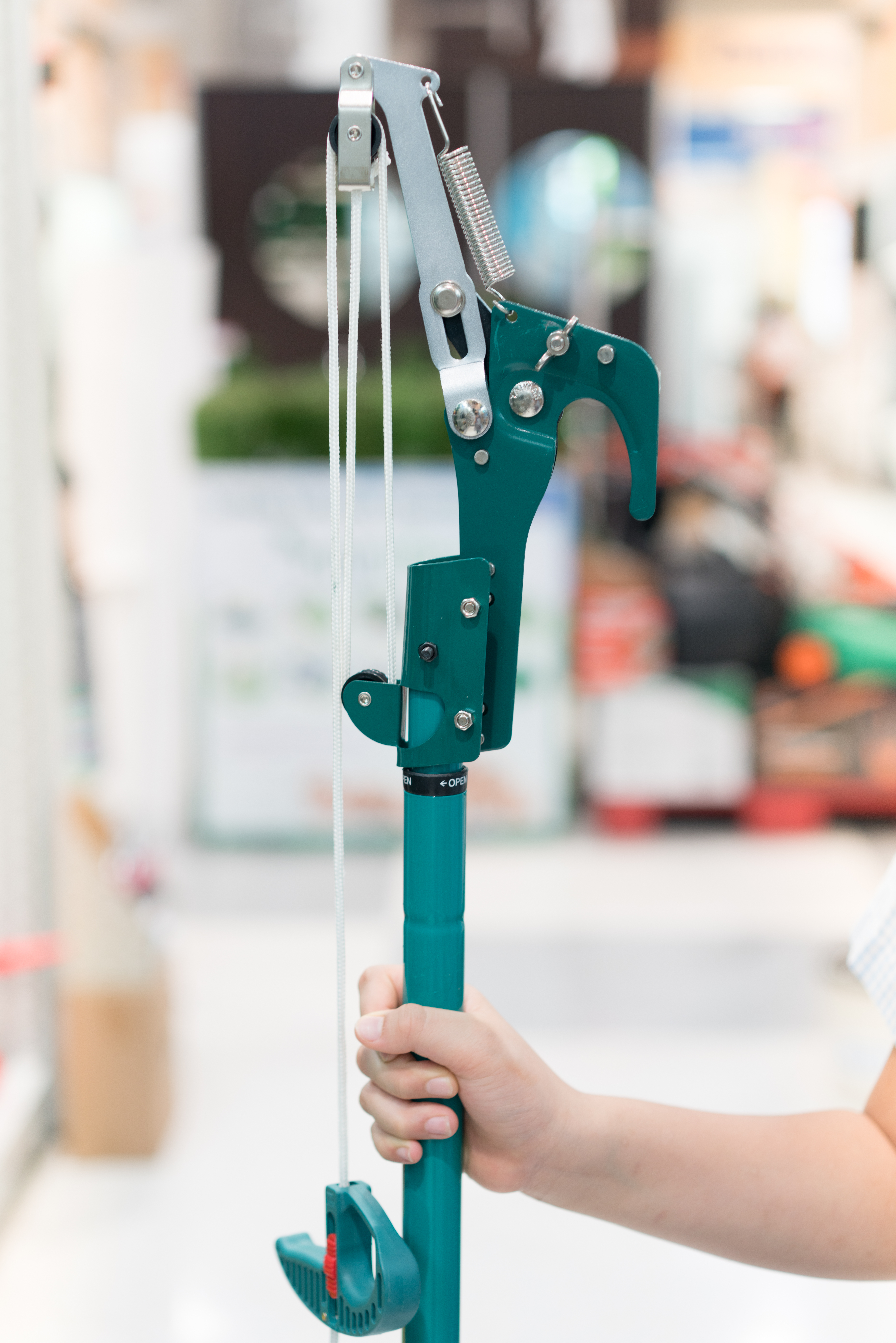 What is a Pole Pruner?